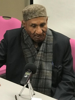 Imam El Sadig El Mahdi, head of the NUP and chairman of the Sudan Call alliance, speaks to Radio Dabanga in Paris, March 17, 2018 (RD)