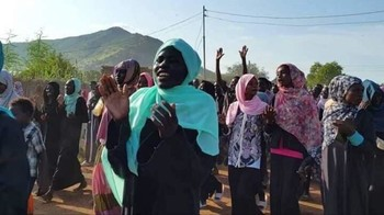 Talodi South Kordofan protesters sit-in demand dismissal of governor (RD correspondent)