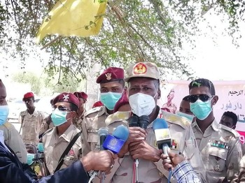 Lt Gen Abdelrahim Hamdan, Deputy Commander of the Rapid Support Forces in a press conference in Nyala, capital of South Darfur (SUNA)
