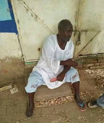 The father of Abdelsalam Kesha after the attack, in front of his home in central Khartoum, June 10, 2020 (Social media)