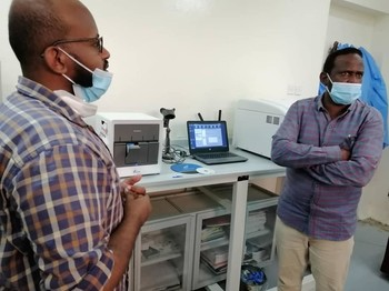 Laboratory technicians in Sennar are trained in the use of GeneXpert for testing people on Covid-19, July 7 (Sudanese Health Ministry)