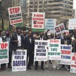 Sudanese in New York demonstrate against the re-election of Omar Al Bashir on 27 April 2015 (RD)