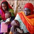 Mothers with children in Darfur (WHO)