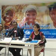 Sudanese singer and Unicef ambassador Nancy Agag (R) at a press conference in Khartoum (file photo)